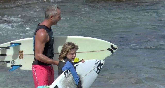 Surf  Enoha LE PIERES, 8 years old 1